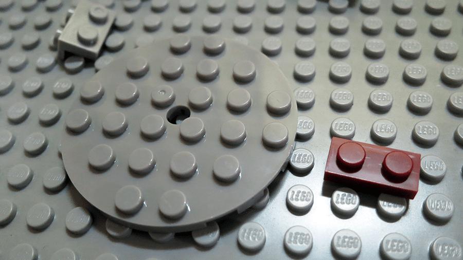 shenyang-millennium-falcon-bootleg-lego-microfighter-start-base