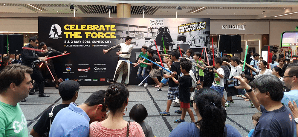 Star-Wars-Day-Singapore-2015-fight