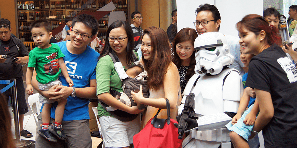 Star-Wars-Day-Singapore-2015-group-shot-2r