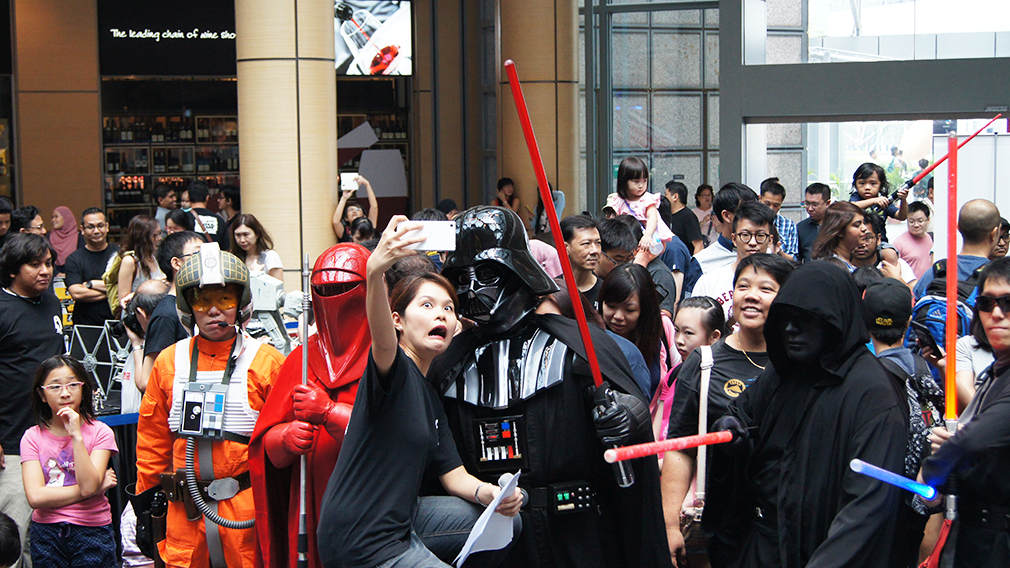 Star-Wars-Day-Singapore-2015-omgvader