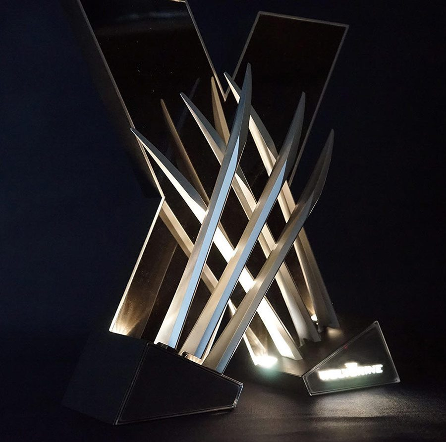 "The light-up ""X"" stand in action"
