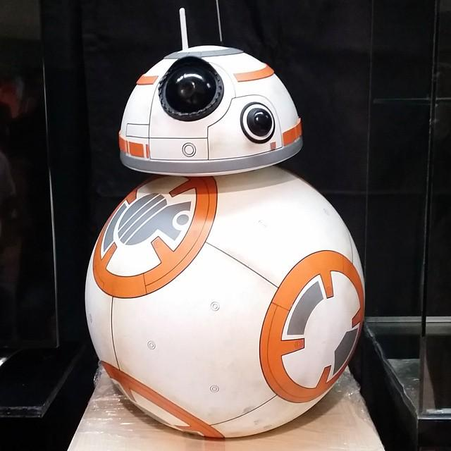 BB-8 first look