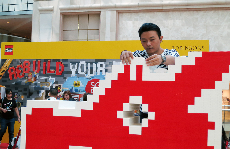lego-sg-50-dragon-playground-nicholas-foo-build