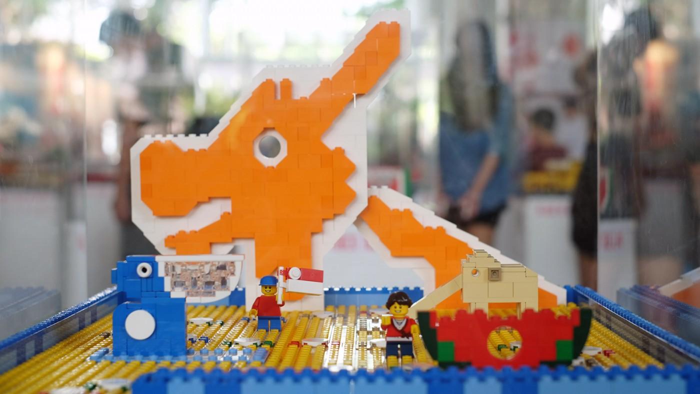 LEGO-Showcase--SG50-Edition--Little-Red-Brick-LUG-Show-animal-playground