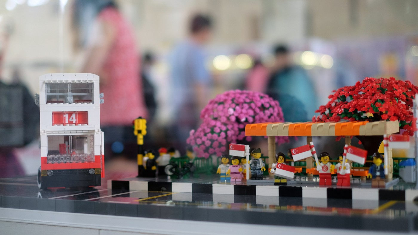 LEGO-Showcase--SG50-Edition--Little-Red-Brick-LUG-Show-bus-stop-14