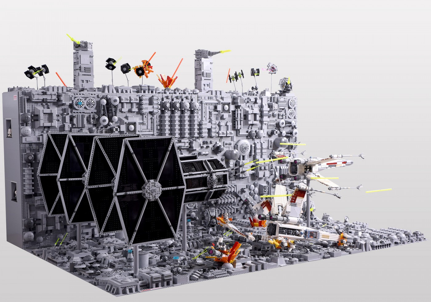 Amazing LEGO Star Wars Death Star Trench Run Diorama | Geek