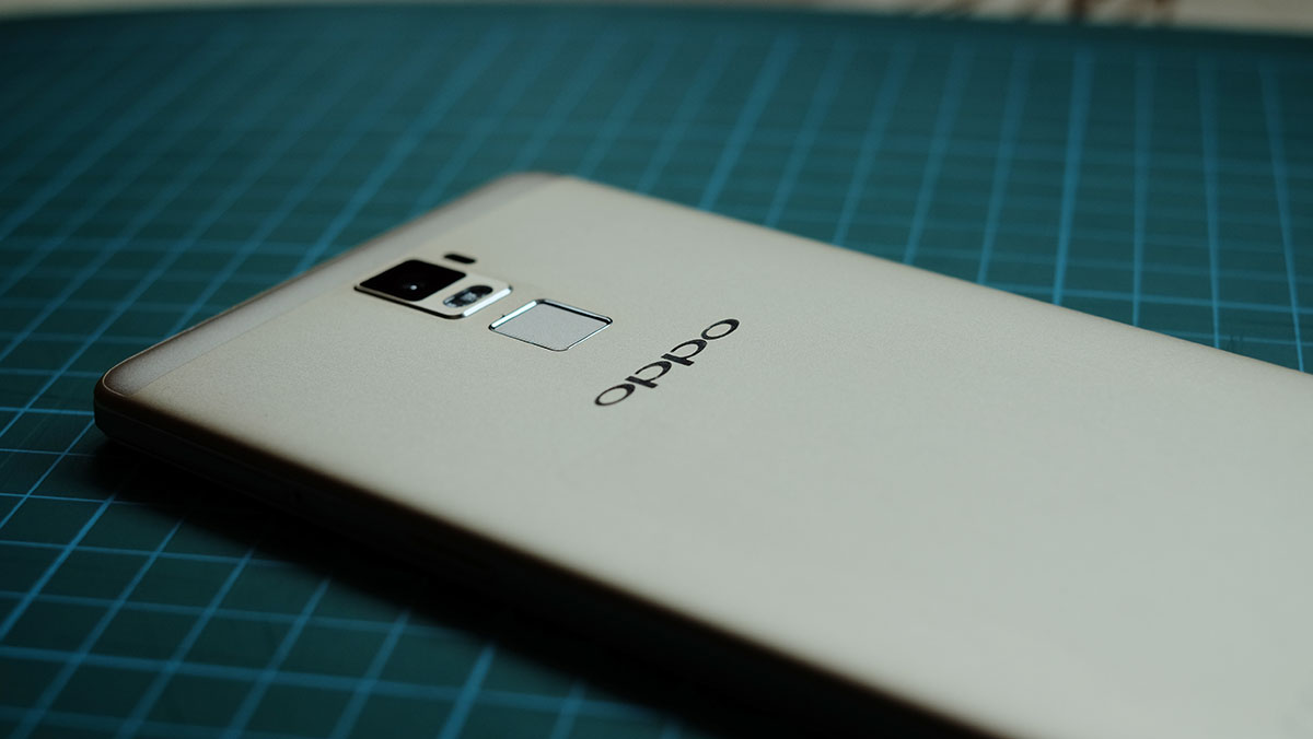 oppo-r7-plus-review-rear