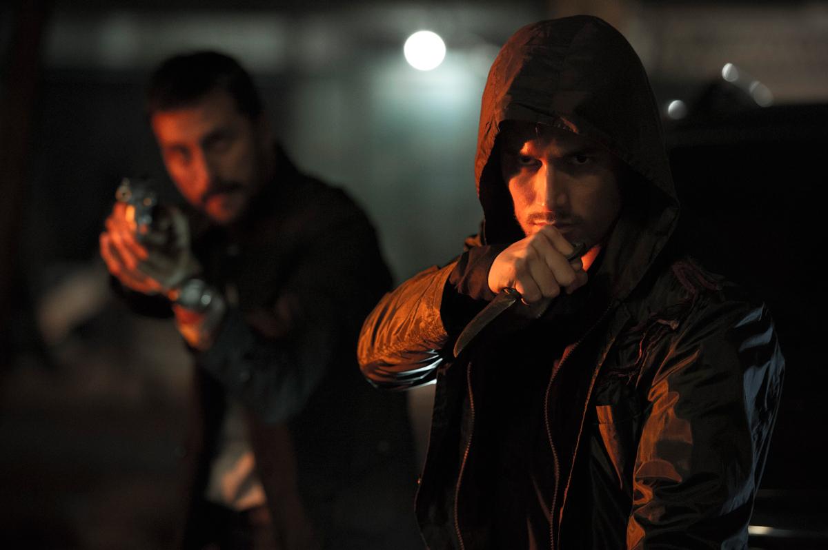 HBO-ASIA-HALFWORLDS---Arifin-Putra-as-Barata-(3)