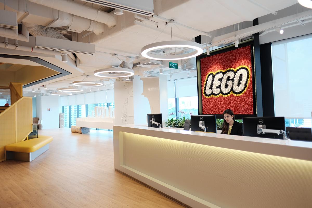 Elegant LEGO SINGAPORE OFFICE TOUR (50)