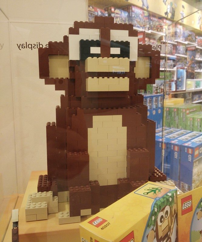 lego-year-of-the-monkey-2016-build