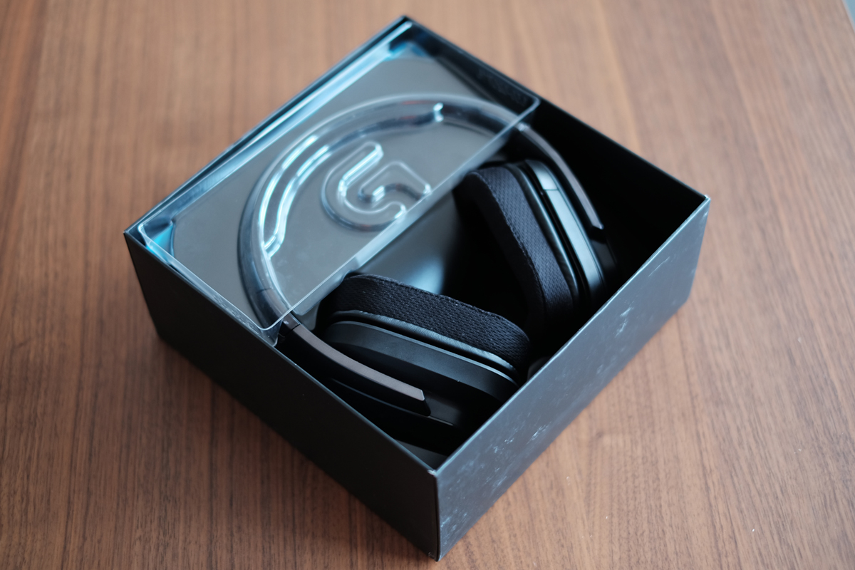 Geek Review: Logitech G933 Artemis Spectrum Wireless Headset | Geek