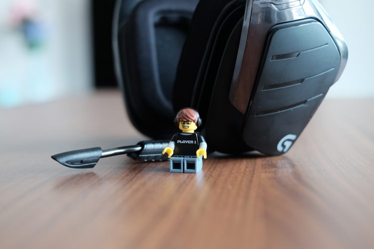 Geek Review: Logitech G933 Artemis Spectrum Wireless Headset