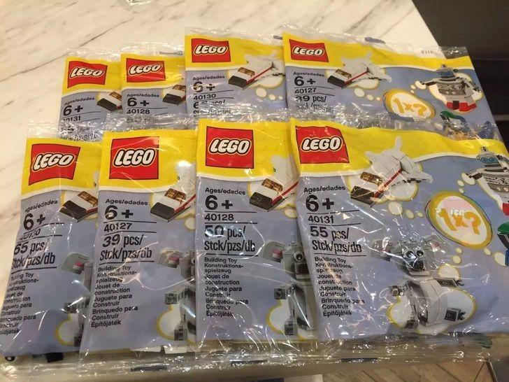 LEGO-Uniqlo-Polybag