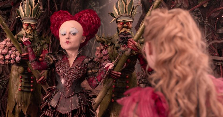 alice-through-the-looking-glass-review (3)
