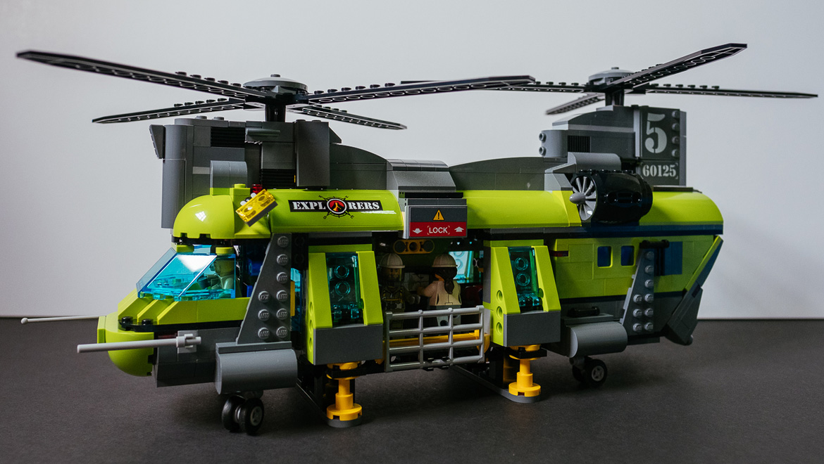 big helicopters with Geek Review Lego City Volcano Heavy Lift Helicopter 60125 on File Mil Mi 171E at the MAKS 2011  01 together with Me 410 Heavy Fighter 1 72 as well Abseiling Everything You Need To Know further Mule Deer Struggling Surf Green Wave Migration in addition Watch.