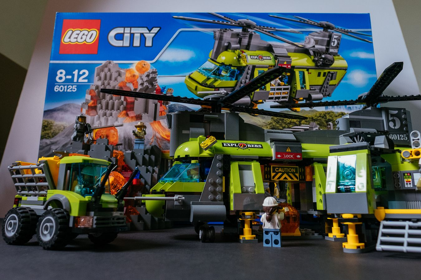 Geek Review: LEGO City Volcano Heavy-Lift Helicopter 60125 | Geek