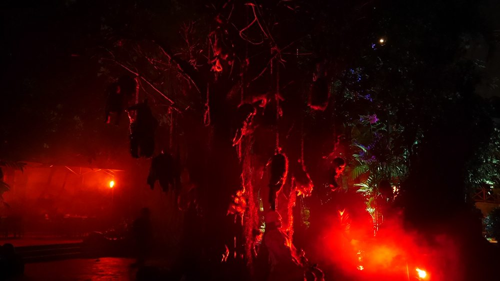 halloween-horror-nights-6-review_hhn6_suicidejungle03