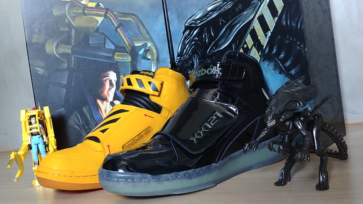 "Geek Review  Alien Reebok Stomper ""Final Battle"" Pack  79fd66bd5"