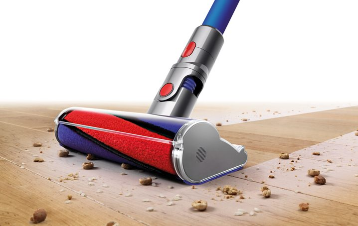 Geek Review Dyson V8 Fluffy Pro Cordless Vacuum Cleaner