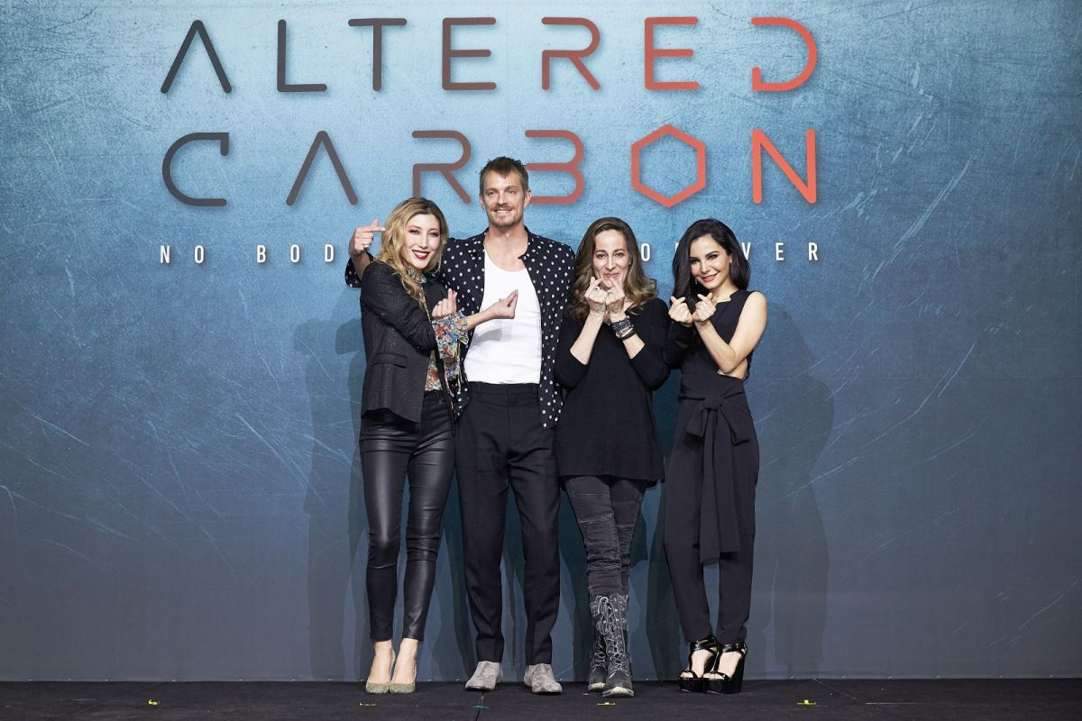 Altered Carbon Kristin netflix exclusive: altered carbon with creator, stars, on