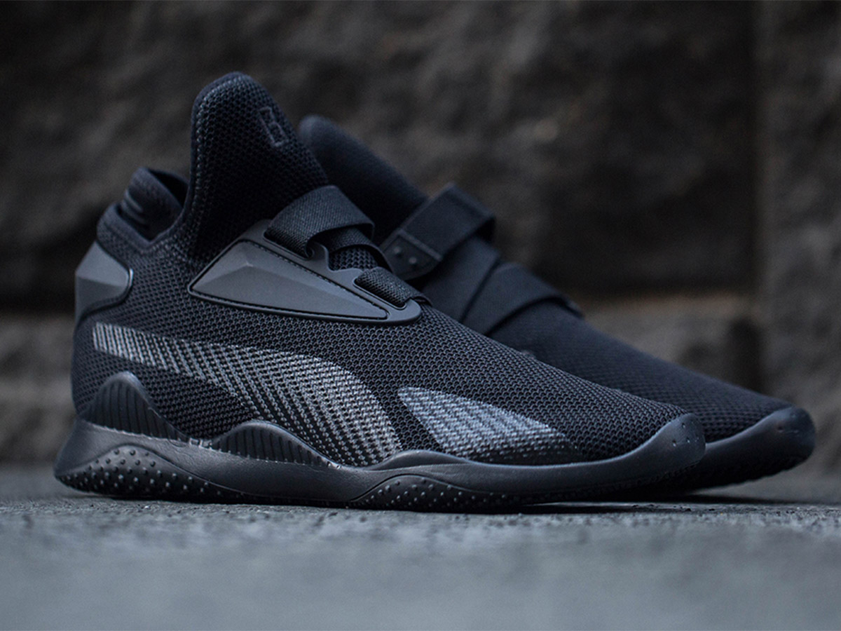 0ccc738e3cb These Are the Black Panther Sneakers We ve Been Looking For