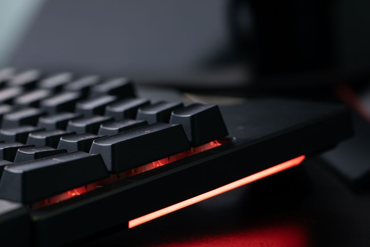Geek Review: ASUS ROG Strix Flare Mechanical Gaming Keyboard