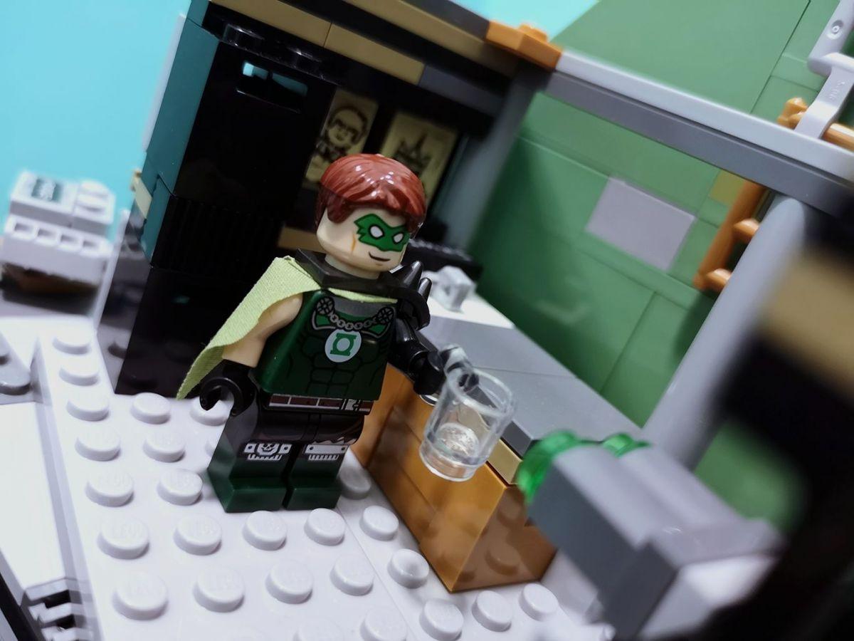 Normal Green Lantern.
