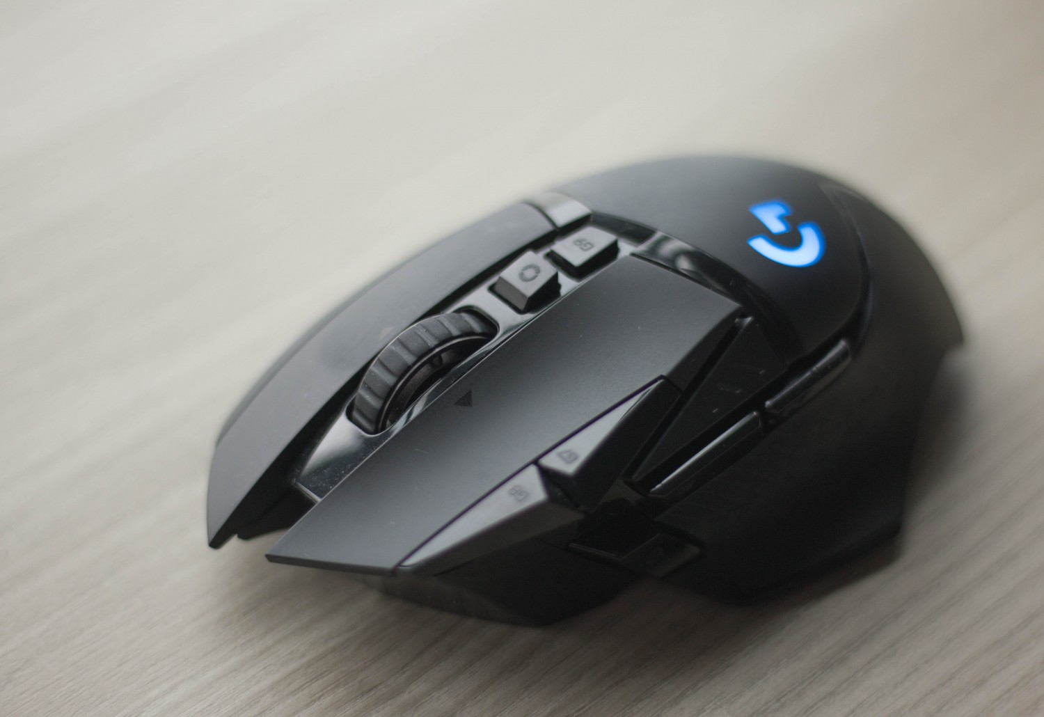 Geek Review: Logitech G502 Lightspeed Wireless Gaming Mouse