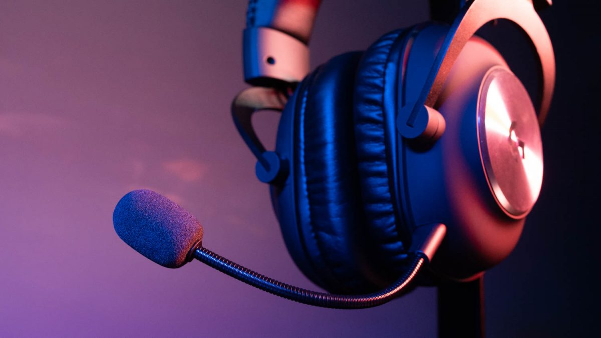 Geek Review: Logitech G Pro X Gaming Headset with Blue VO!CE