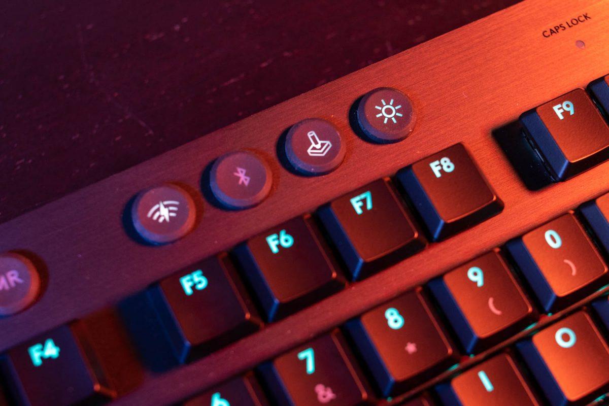 Logitech G915 Lightspeed Wireless Keyboard Review 5