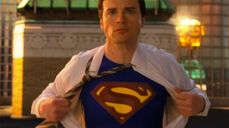 Tom Welling as Clark Kent in Smallville
