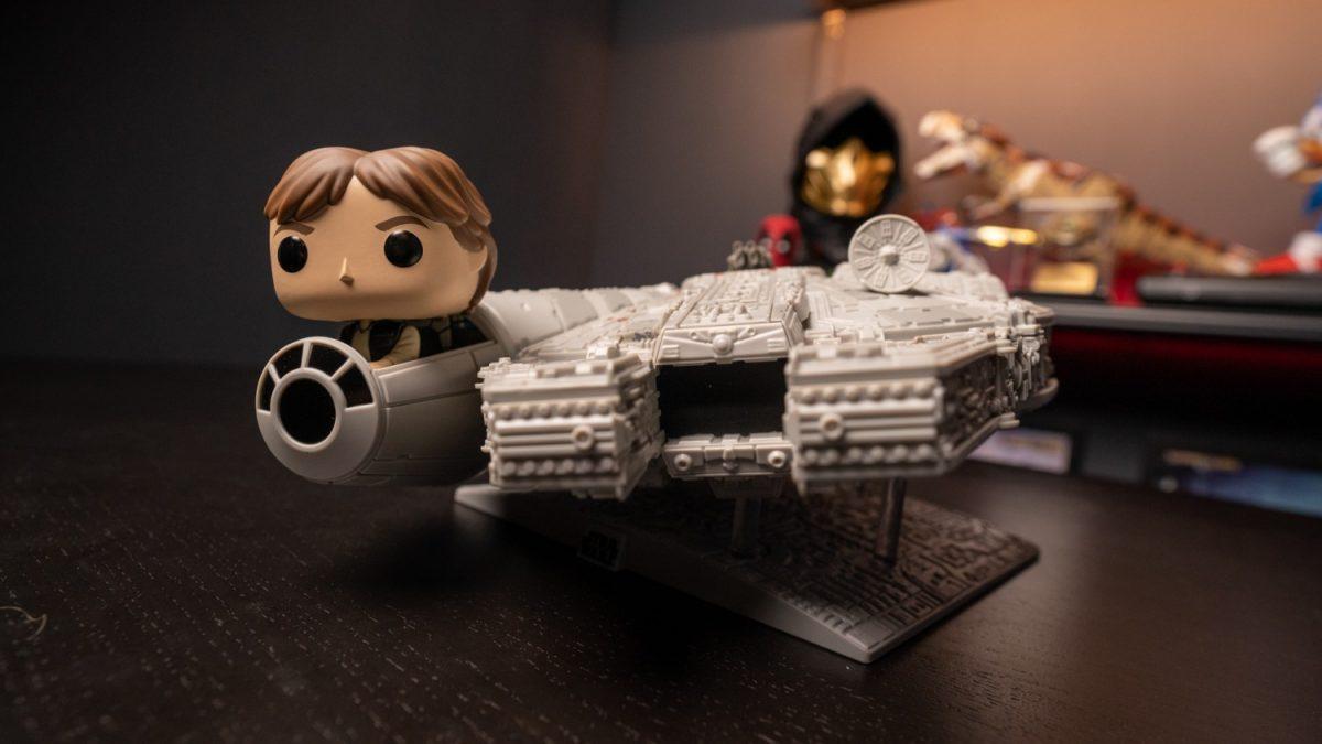 star-wars-millennium-falcon-funko-1