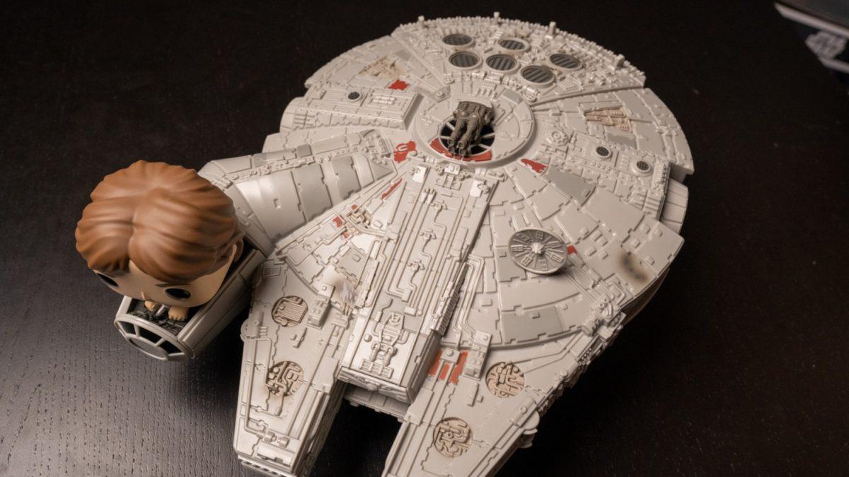 star-wars-millennium-falcon-funko-2