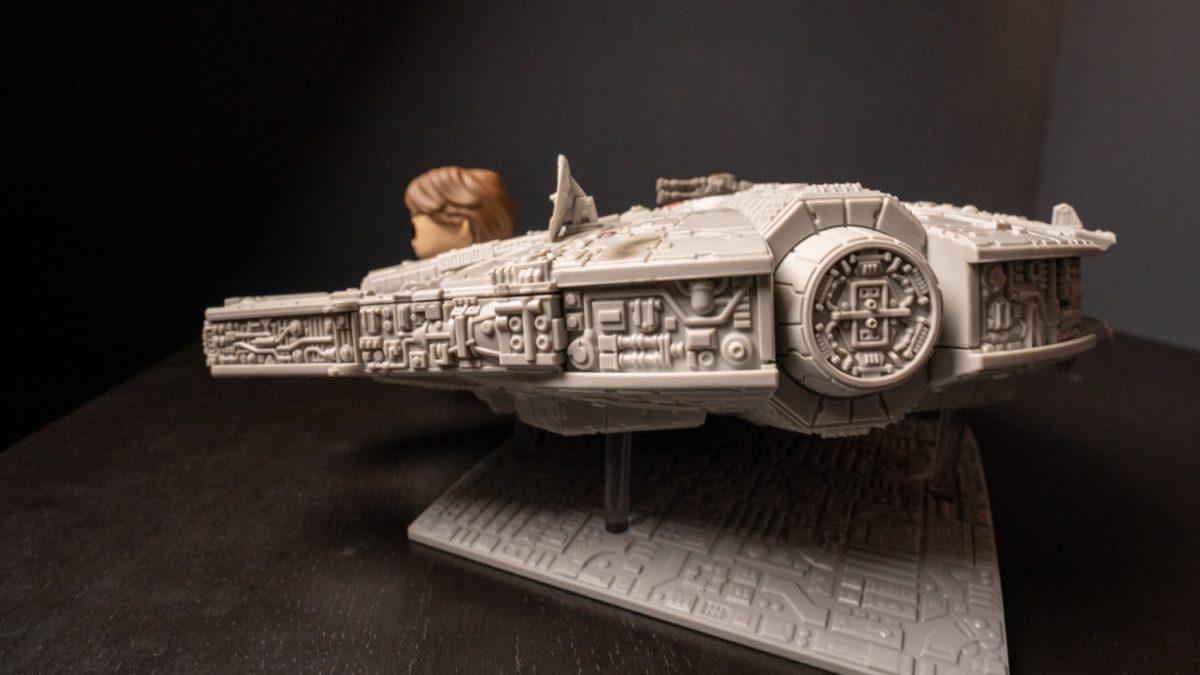 star-wars-millennium-falcon-funko-3