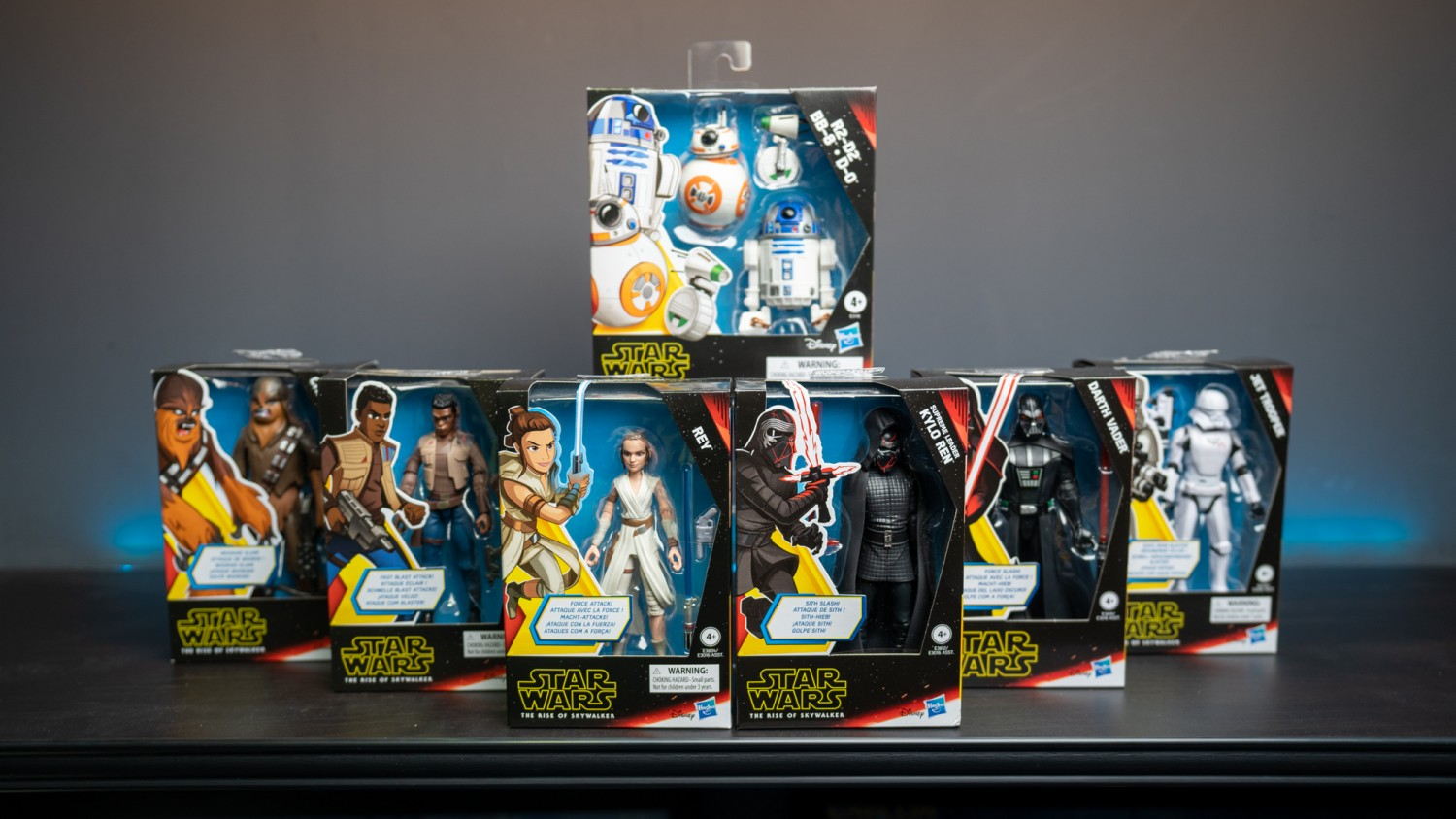 Star Wars and The Rise of Skywalker Action Figures Galaxy of Adventures