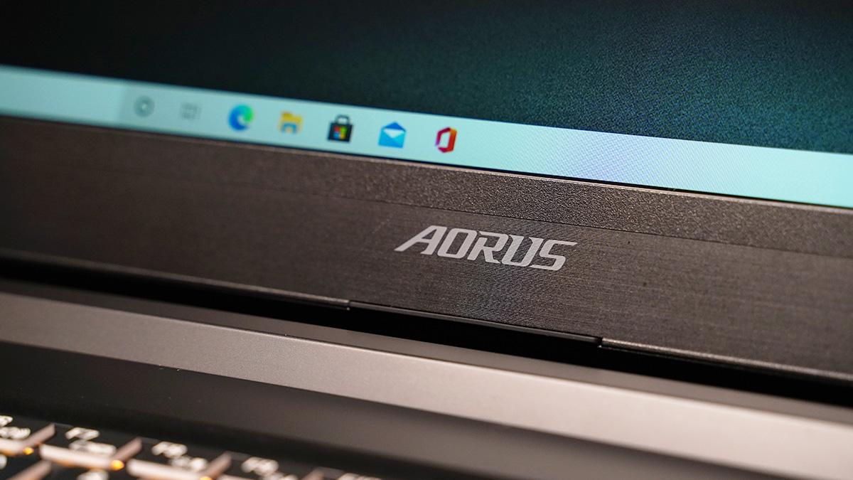 Geek Review: Laptop para juegos Gigabyte Aorus 5 SB